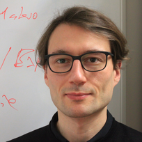 Dr. Andreas Schäfer